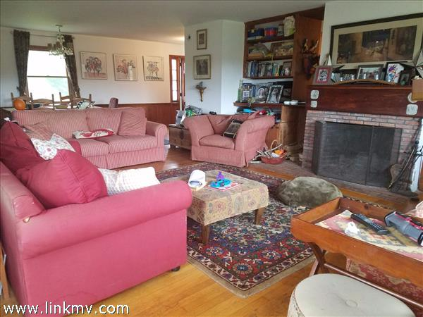 5 Murphys Road, Central, West Tisbury, MA, 02575, MLS # 26229 ...